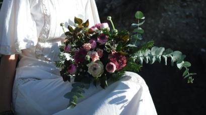 Bouquet de mariée flou et champètre